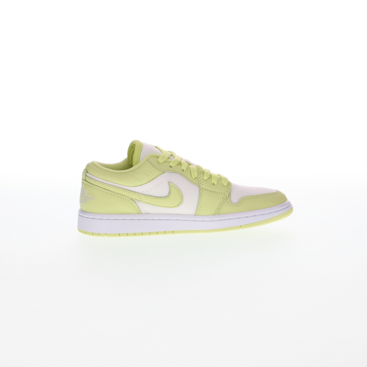 dope color scheme nike sneakers