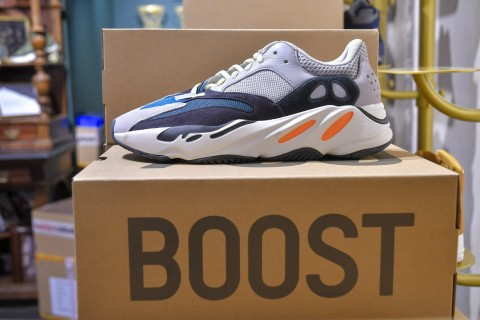 adidas x KANYE WEST YEEZY BOOST 700 Wave Runner